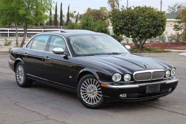 "2006 Jagar XJ VANDEN PLAS NAVIGATION 19"" ALLOY WHLS SERVICE RECORDS XENON LEATHER Woodland Hills, CA 10"