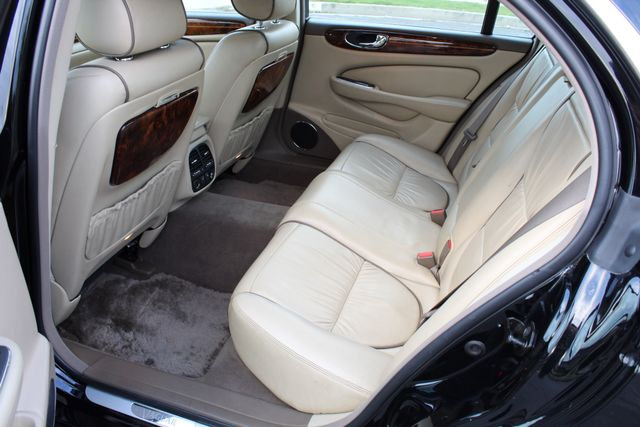 "2006 Jagar XJ VANDEN PLAS NAVIGATION 19"" ALLOY WHLS SERVICE RECORDS XENON LEATHER Woodland Hills, CA 35"