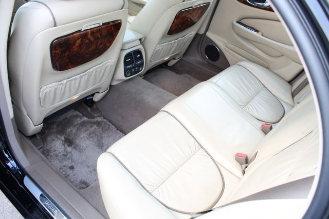 "2006 Jagar XJ VANDEN PLAS NAVIGATION 19"" ALLOY WHLS SERVICE RECORDS XENON LEATHER Woodland Hills, CA 37"