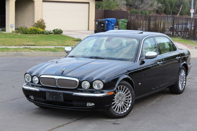 "2006 Jagar XJ VANDEN PLAS NAVIGATION 19"" ALLOY WHLS SERVICE RECORDS XENON LEATHER Woodland Hills, CA 1"