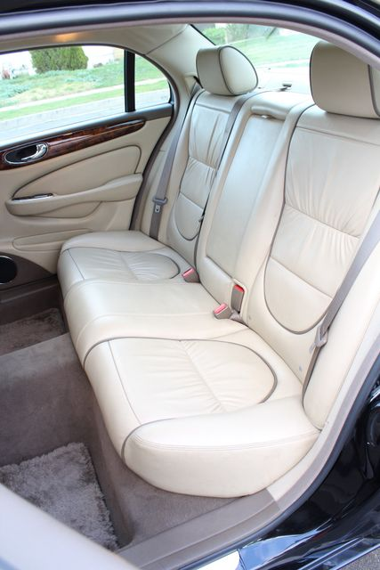 "2006 Jagar XJ VANDEN PLAS NAVIGATION 19"" ALLOY WHLS SERVICE RECORDS XENON LEATHER Woodland Hills, CA 36"