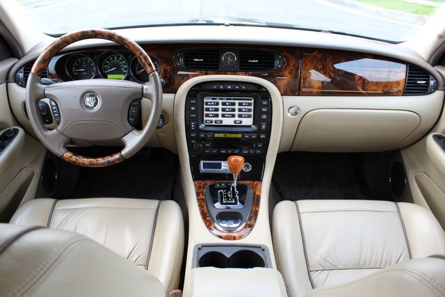 "2006 Jagar XJ VANDEN PLAS NAVIGATION 19"" ALLOY WHLS SERVICE RECORDS XENON LEATHER Woodland Hills, CA 27"
