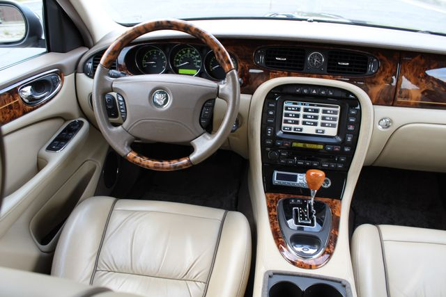 "2006 Jagar XJ VANDEN PLAS NAVIGATION 19"" ALLOY WHLS SERVICE RECORDS XENON LEATHER Woodland Hills, CA 28"