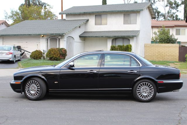 "2006 Jagar XJ VANDEN PLAS NAVIGATION 19"" ALLOY WHLS SERVICE RECORDS XENON LEATHER Woodland Hills, CA 3"