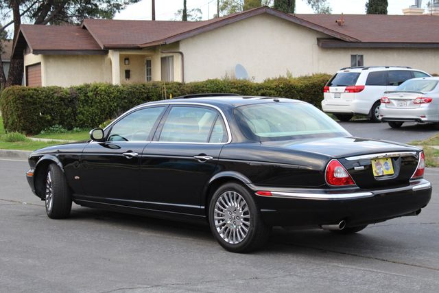 "2006 Jagar XJ VANDEN PLAS NAVIGATION 19"" ALLOY WHLS SERVICE RECORDS XENON LEATHER Woodland Hills, CA 4"