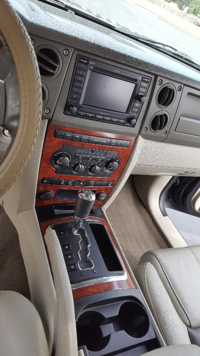 2006 Jeep Commander Limited Arlington, Texas 27