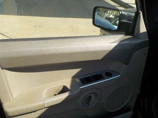 2006 Jeep Commander Fayetteville , Arkansas 7