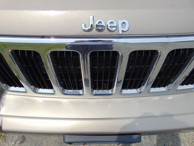2006 Jeep Commander Limited 4X4 Leesburg, Virginia 9