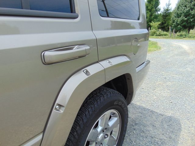 2006 Jeep Commander Limited 4X4 Leesburg, Virginia 10