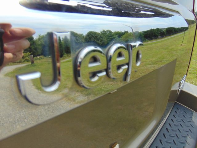 2006 Jeep Commander Limited 4X4 Leesburg, Virginia 16