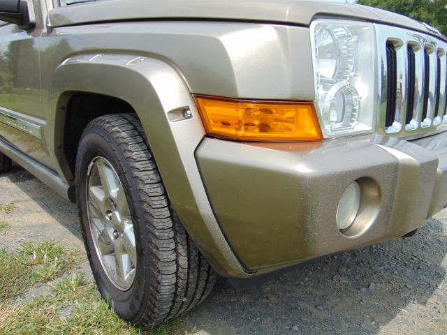 2006 Jeep Commander Limited 4X4 Leesburg, Virginia 8
