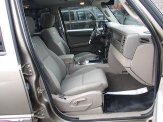 2006 Jeep Commander Milwaukee, Wisconsin 22