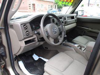 2006 Jeep Commander Milwaukee, Wisconsin 6