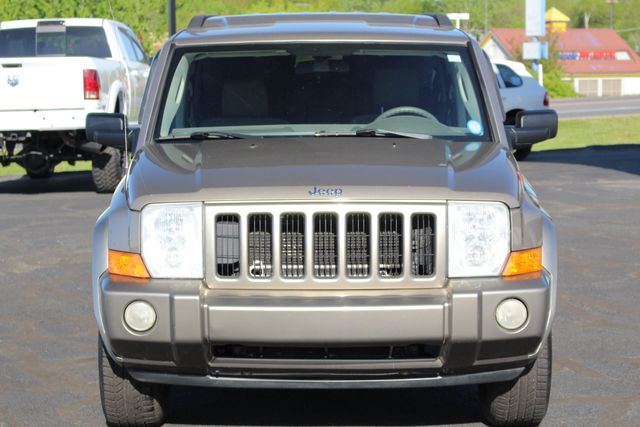 2006 Jeep Commander RWD - 3RD ROW - REAR AIR! Mooresville , NC 15