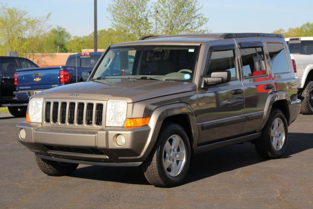 2006 Jeep Commander RWD - 3RD ROW - REAR AIR! Mooresville , NC 21