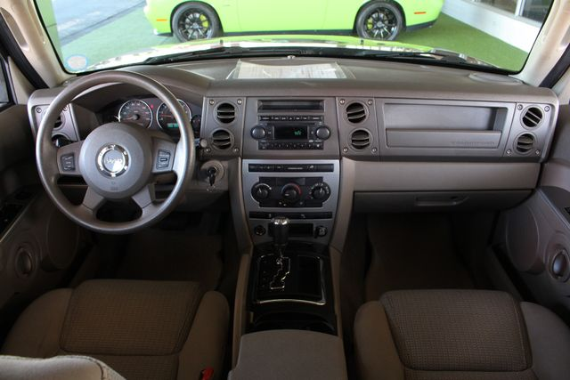 2006 Jeep Commander RWD - 3RD ROW - REAR AIR! Mooresville , NC 26