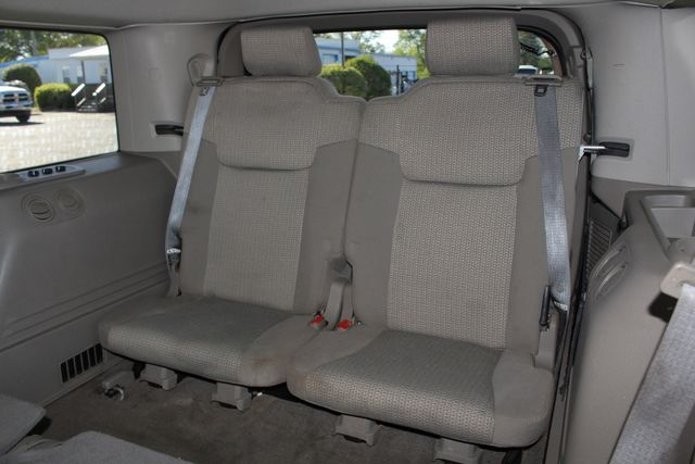 2006 Jeep Commander RWD - 3RD ROW - REAR AIR! Mooresville , NC 10