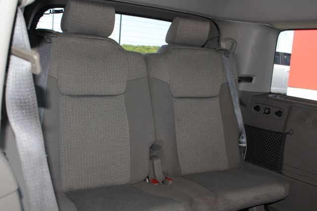 2006 Jeep Commander RWD - 3RD ROW - REAR AIR! Mooresville , NC 35