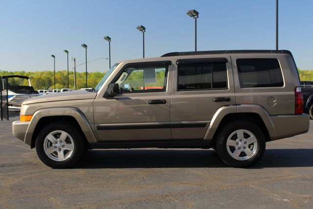 2006 Jeep Commander RWD - 3RD ROW - REAR AIR! Mooresville , NC 14