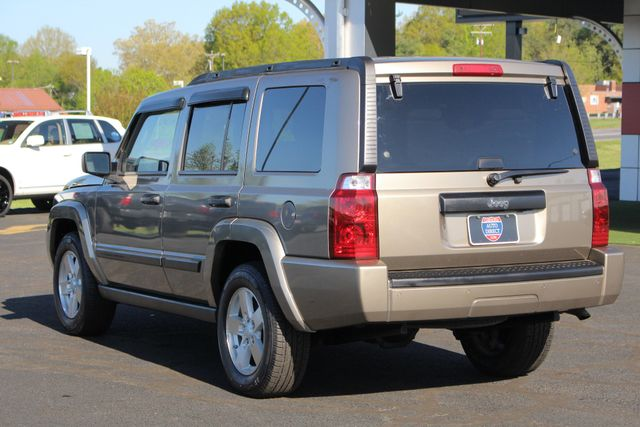 2006 Jeep Commander RWD - 3RD ROW - REAR AIR! Mooresville , NC 25