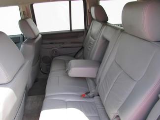 2006 Jeep Commander Plano, TX 9