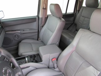 2006 Jeep Commander Plano, TX 12
