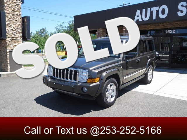 2006 Jeep Commander 57L Hemi Limited The CARFAX Buy Back Guarantee that comes with this vehicle m