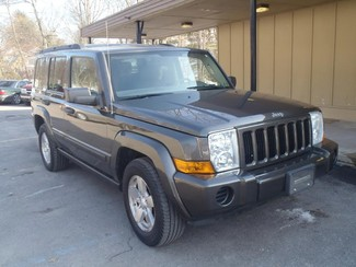2006 Jeep Commander in Shavertown, PA