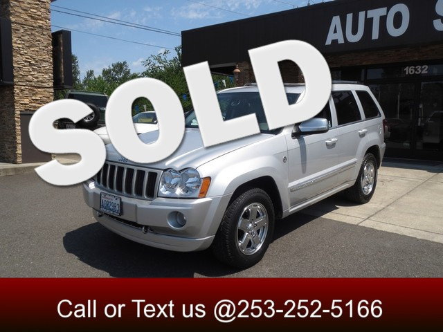 2006 Jeep Grand Cherokee Overland 57 Hemi 4WD The CARFAX Buy Back Guarantee that comes with this