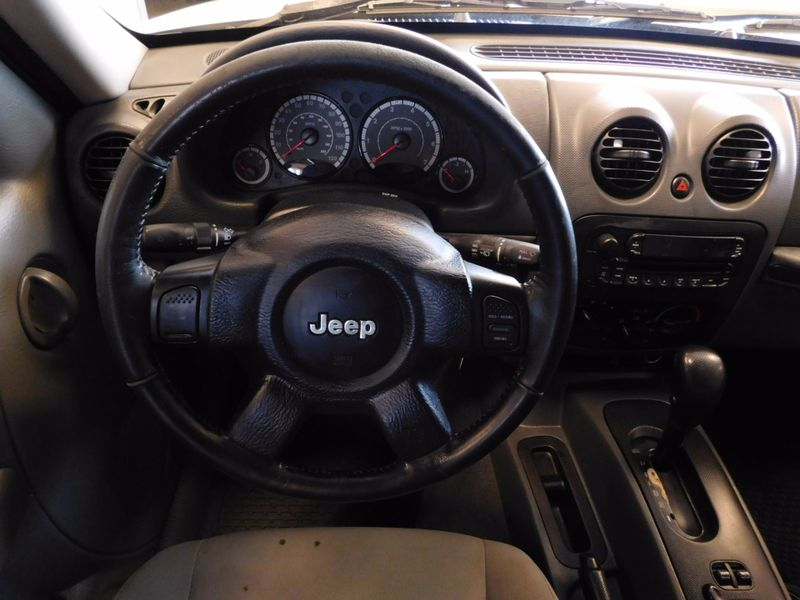 2006 Jeep Liberty Sport  city TN  Doug Justus Auto Center Inc  in Airport Motor Mile ( Metro Knoxville ), TN
