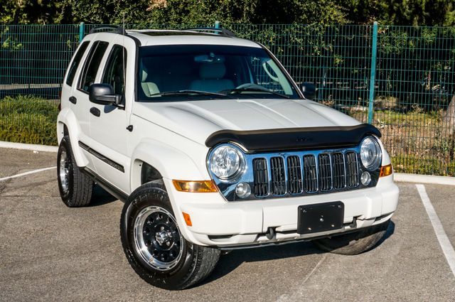 2006 Jeep Liberty Limited - Diesel - Leather - 4WD Reseda, CA 43