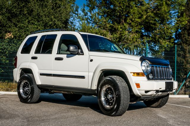 2006 Jeep Liberty Limited - Diesel - Leather - 4WD Reseda, CA 46