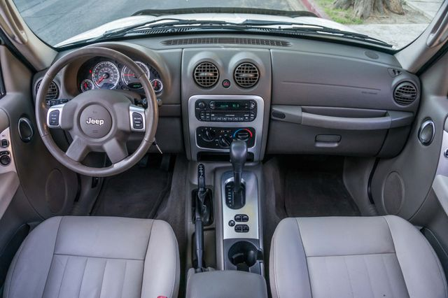 2006 Jeep Liberty Limited - Diesel - Leather - 4WD Reseda, CA 15