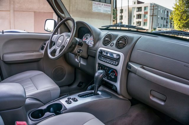 2006 Jeep Liberty Limited - Diesel - Leather - 4WD Reseda, CA 31