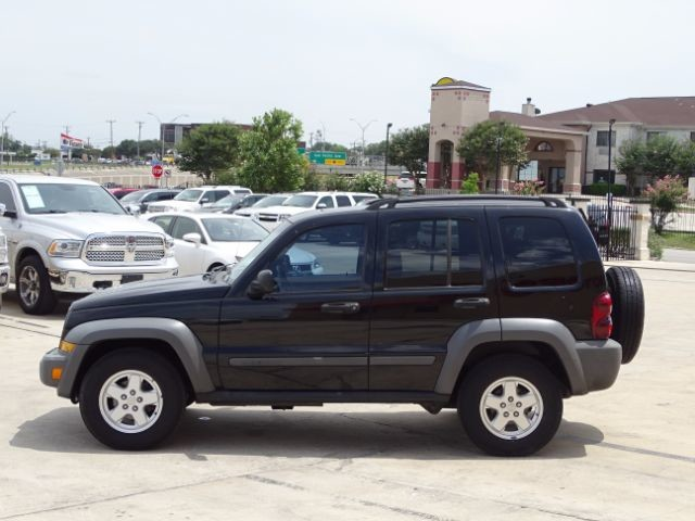 2006 Jeep Liberty Sport San Antonio , Texas 3