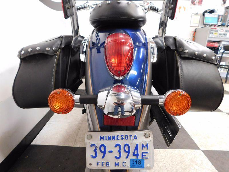 2006 Kawasaki Vulcan 900 Classic  in Eden Prairie, Minnesota