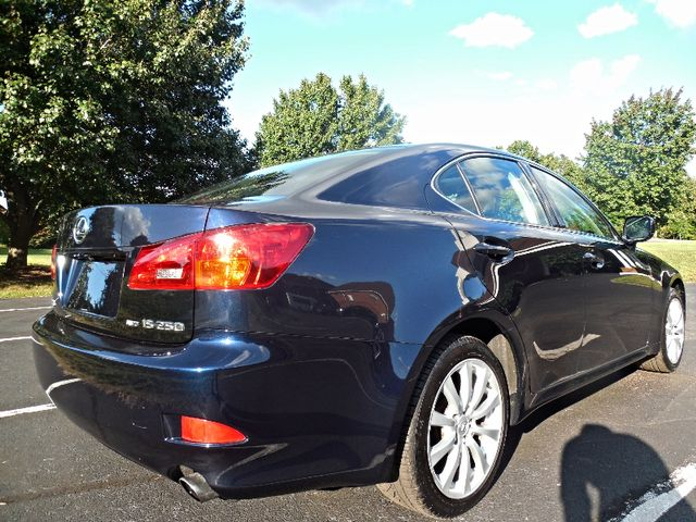 2006 Lexus IS 250 Auto Leesburg, Virginia 4