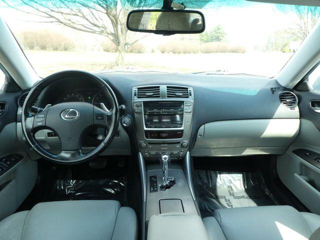 2006 Lexus IS 350 3.5L Auto Leesburg, Virginia 16