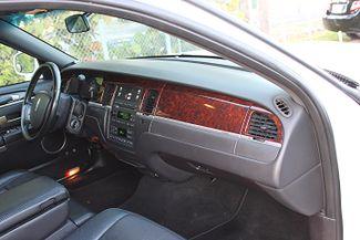 2006 Lincoln Town Car Executive w/Limousine Pkg Hollywood, Florida 15