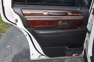 2006 Lincoln Town Car Executive w/Limousine Pkg Hollywood, Florida 41