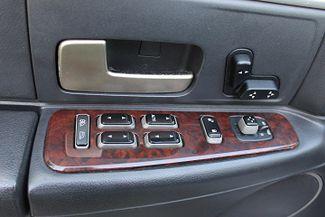 2006 Lincoln Town Car Executive w/Limousine Pkg Hollywood, Florida 40