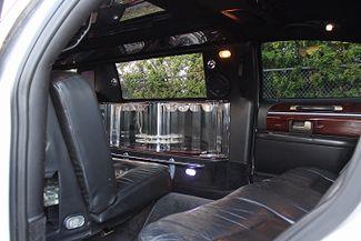 2006 Lincoln Town Car Executive w/Limousine Pkg Hollywood, Florida 24