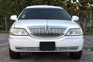2006 Lincoln Town Car Executive w/Limousine Pkg Hollywood, Florida 7