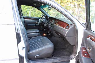 2006 Lincoln Town Car Executive w/Limousine Pkg Hollywood, Florida 38