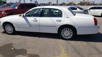 2006 Lincoln Town Car Signature Limited Las Vegas, Nevada 3