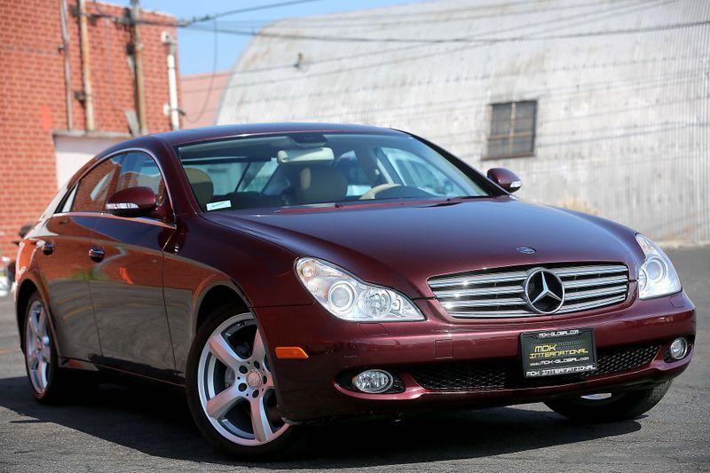 2006 Mercedes-Benz CLS500 - Premium - Nav - Heated  Cooled seats  city California  MDK International  in Los Angeles, California