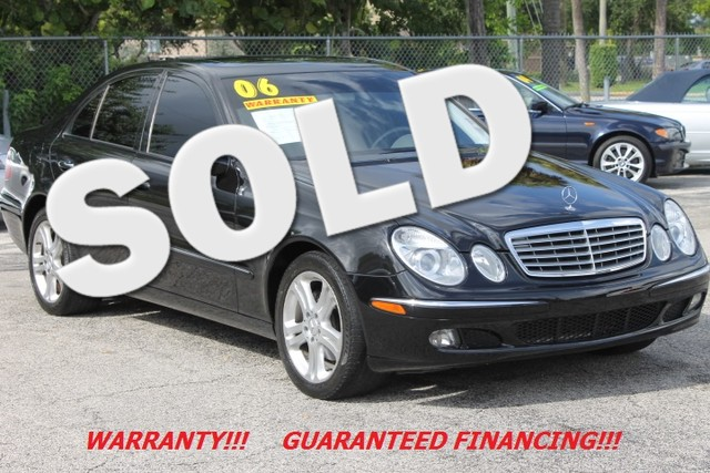 2006 Mercedes E350 35L CARFAX CERTIFIED AUTOCHECK CERTIFIED 4MATIC This 2006 Mercedes-Benz E 35