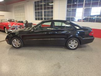 2006 Mercedes E350. 4-Matic NAVIGATION, NEW TIRES, VALUE PRICED. Saint Louis Park, MN 9