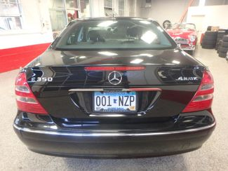 2006 Mercedes E350. 4-Matic NAVIGATION, NEW TIRES, VALUE PRICED. Saint Louis Park, MN 10