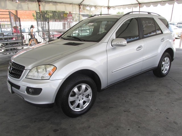2006 Mercedes ML350 35L Please call or e-mail to check availability All of our vehicles are av